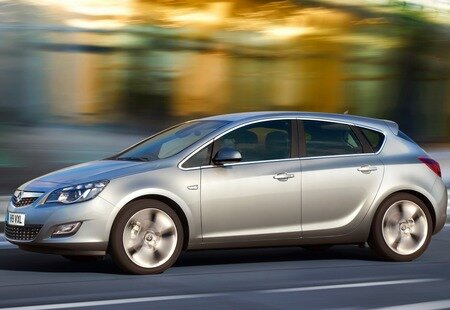 Opel Astra 2010 year
