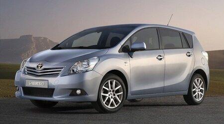 Toyota Verso MPV 2009